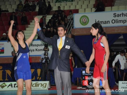 Состоялось первое юношеское и молодежное первенство Азербайджана по борьбе среди девушек (Фото)