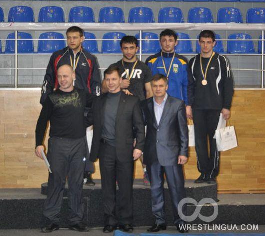 Чемпионат Украины по вольной борьбе. Мужчины.  День первый