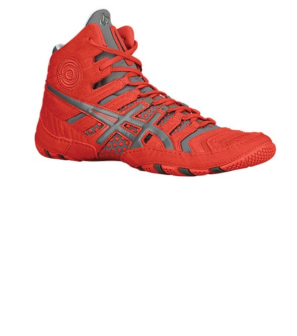 ������ �������� ASICS Dan Gable Ultimate 4. ��������