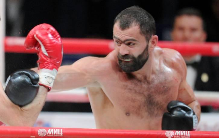 Чахкиев нокаутировал Валори вовтором раунде