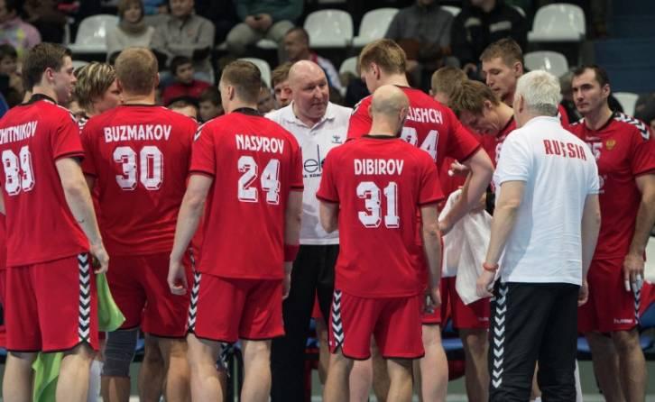 РФ переиграла Польшу наЧМ погандболу