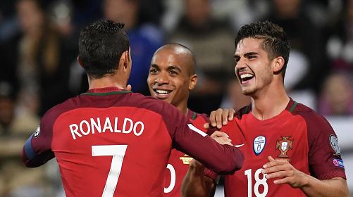 Онлайн португалия венгрия футбол [PUNIQRANDLINE-(au-dating-names.txt) 50